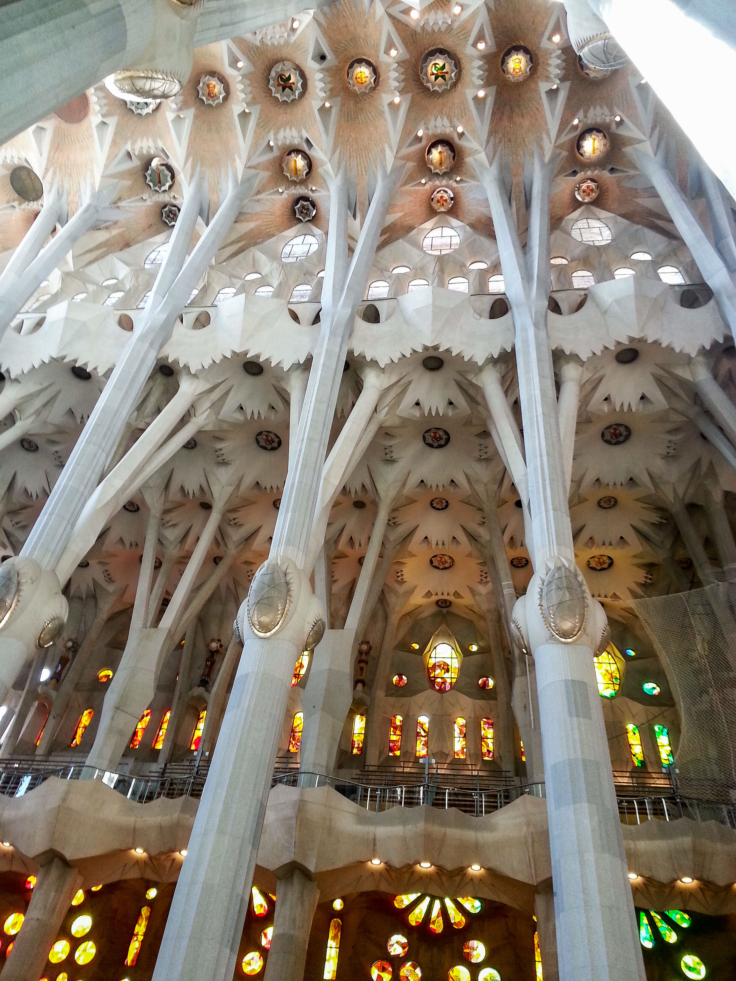 Barcelona and the geography of food feast along the flyways - Sagrada familia interieur ...